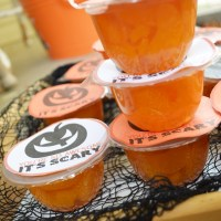 (Free Printable) Mandarin Orange Fruit Cup Halloween Favor