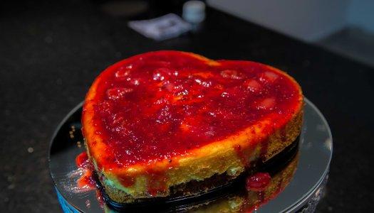 Cheesecake com massa de avelã