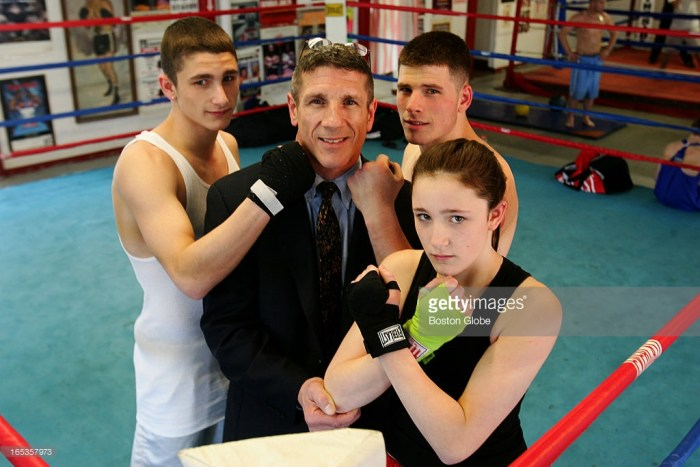 165357973-the-boxing-deluca-family-mark-deluca-sr-the-gettyimages[1]