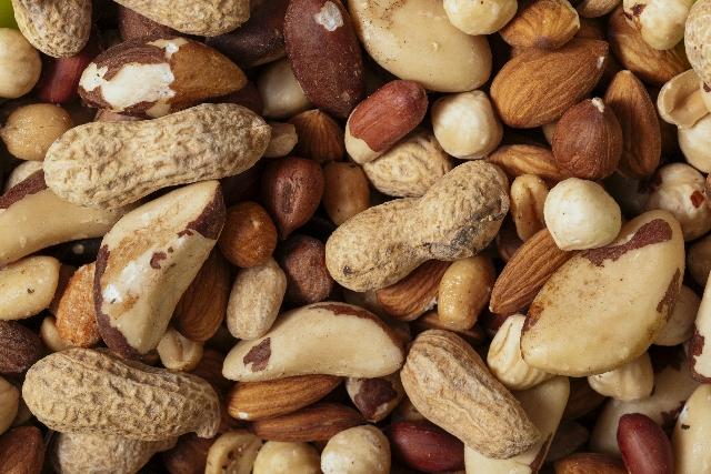 工場直売『中西ピーナツ』種類豊富な豆菓子を試食