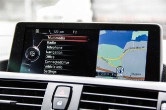 2014 BMW 228i Sport navigation screen