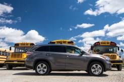 2014 Toyota Highlander Limited AWD side profile