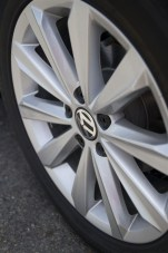 2014 Volkswagen Passat TSI wheel