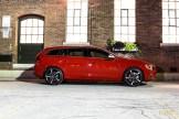 2015 Volvo V60 T6 R-Design side profile 1
