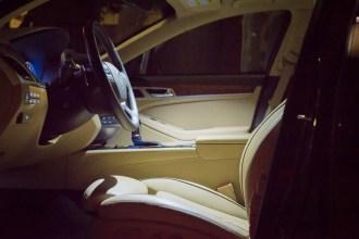 2015 Hyundai Genesis 3.8 interior side in