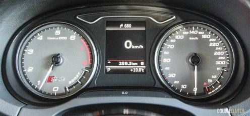 2015 Audi S3 Technik instrument cluster