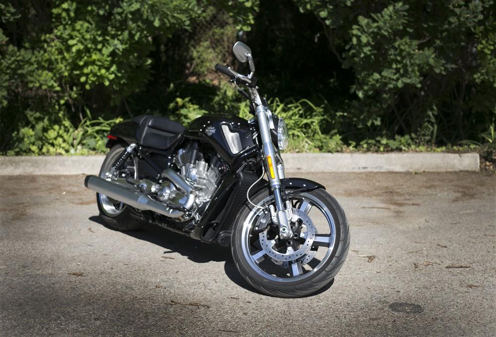 2015 Harley-Davidson V-Rod Muscle Review