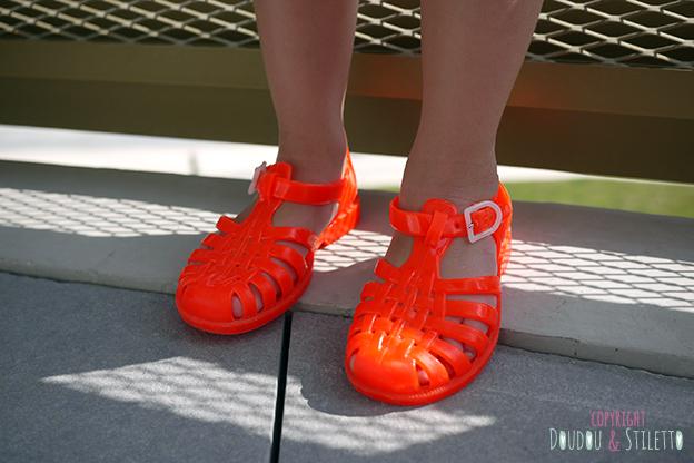 Sandales de plage plastique Meduse