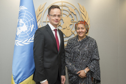 Deputy Secretary-General Meets Foreign Minister of Hungary