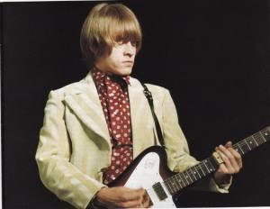 gibson_non_reverse_firebird_brian_jones_1966_psychedelic_rocknroll