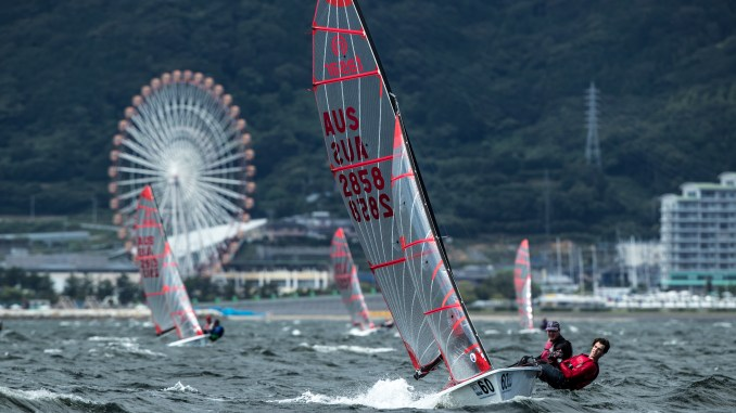 Chris Dance and Jeremy Elmslie powering upwind. Photos: Junichi Hirai/Bulkhead Magazine, Japan.