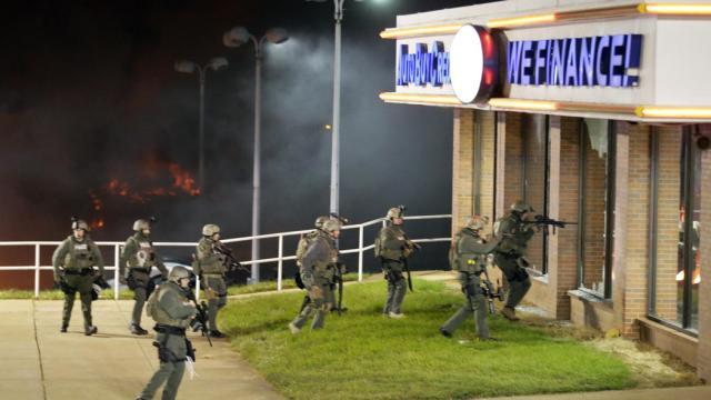 Ferguson Rioting 4