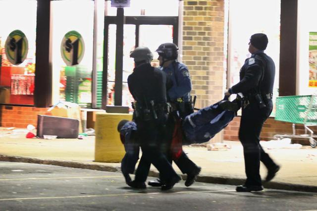 Ferguson Rioting 8