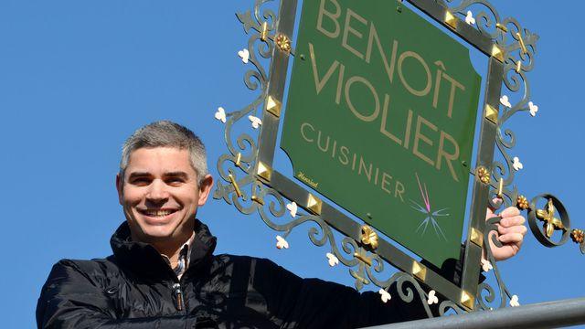 benoit-violier-chef-du-restaurant-de-l-hotel-de-ville-a-crissier-pres-de-lausanne-le-2-avril-2015_5482354
