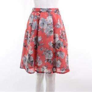 ミッシュマッシュの赤いスカート可愛い&黄色も可愛いな