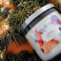 Holiday Everyday Luxe Candle Review