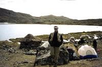 Dr. Gross trekking in Peru