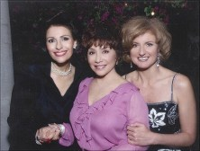 Dr. Gross, Lynda Resnick and Arrianna Huffington