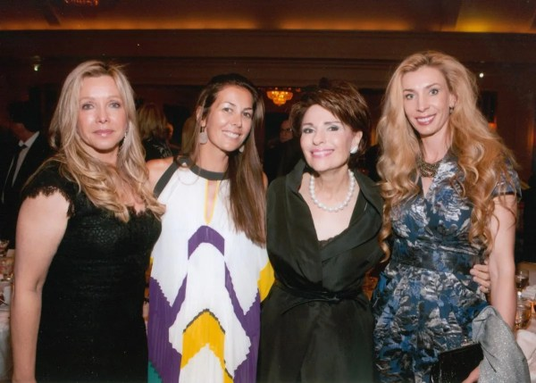 Dr. Gail Gross with Lauren King, Andrea McTamaney, Melani Walton at the 2013 Jung Center Benefit Event