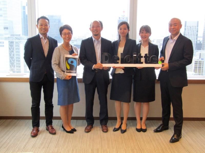 (左から)FLJ樽本哲さん、中島佳織さん、デロイト羽生田慶介さん、石井麻梨さん、潮﨑真惟子さん、星島郁洋さん