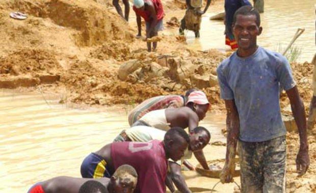 ダイヤモント採掘の現場(Wikipedia commonsより)