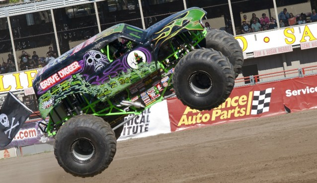 03.21.16 - Grave Digger Monster Truck