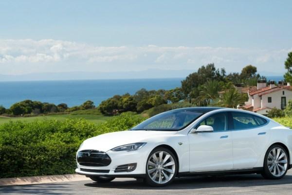 10.27.16 - 2016 Tesla Model S