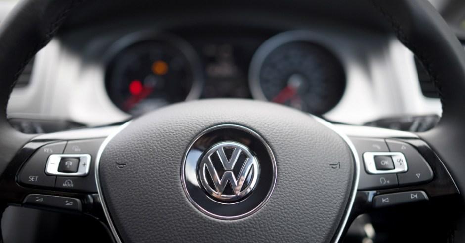 12.05.16 - Volkswagen Logo