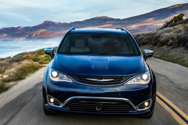 03.08.17 - Chrysler Pacifica