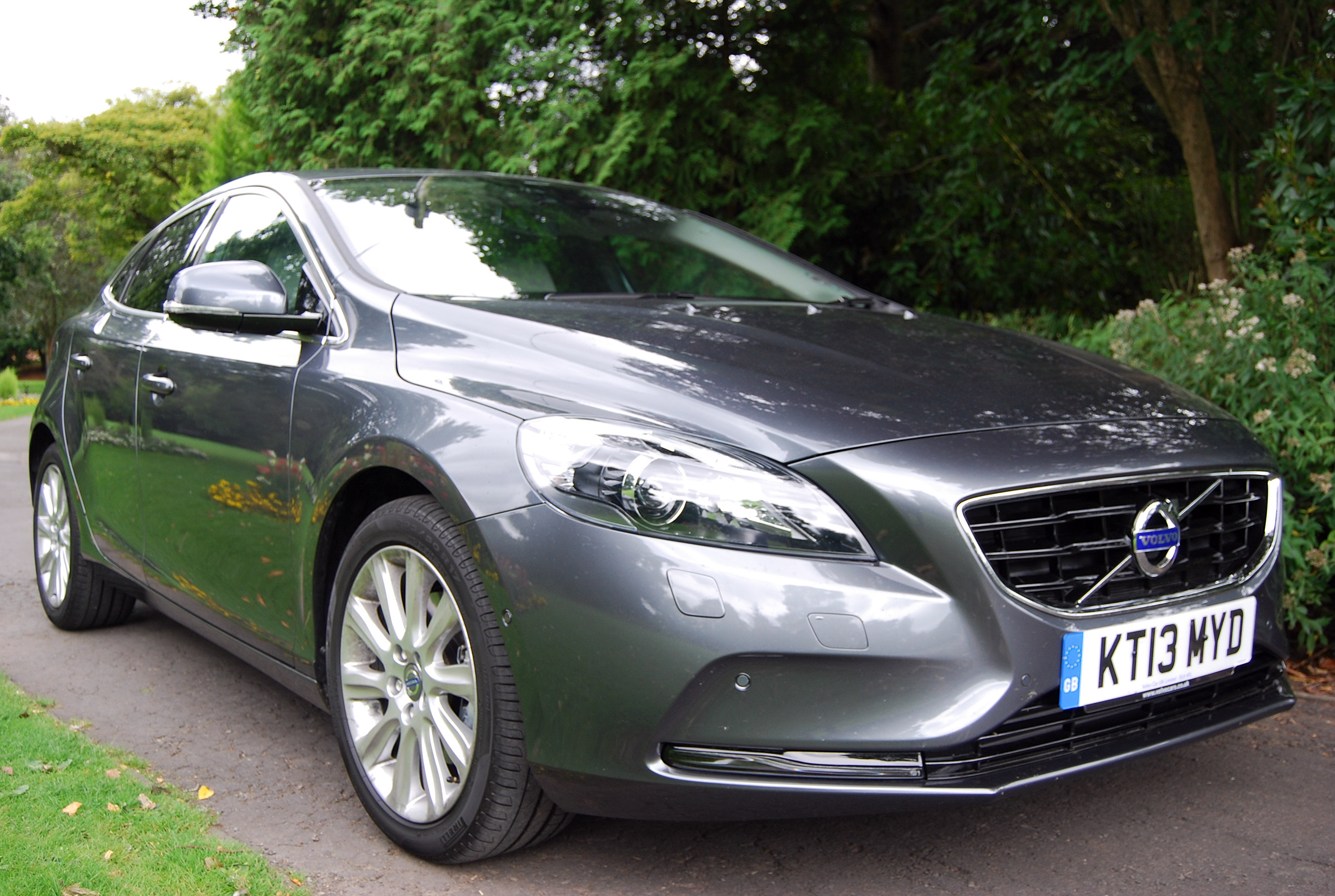 volvo v40 d2 powershift review