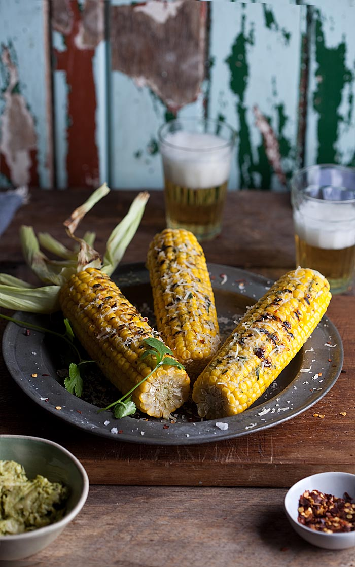 corn on the cob with cilantro pesto, chilli and parmesan