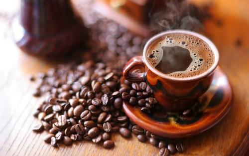 3 أكواب من القهوة يوميا تحسن الذاكرة وتحميكي من الخرف