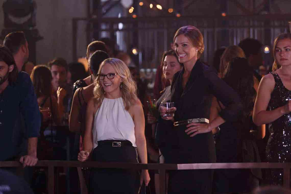 """LUCIFER: L-R: Rachael Harris and Tricia Helfer in the """"Homewrecker"""" episode of LUCIFER airing Monday, Nov. 21 (9:01-10:00 PM ET/PT) on FOX. ©2016 Fox Broadcasting Co. Cr: Michael Courtney/FOX."""