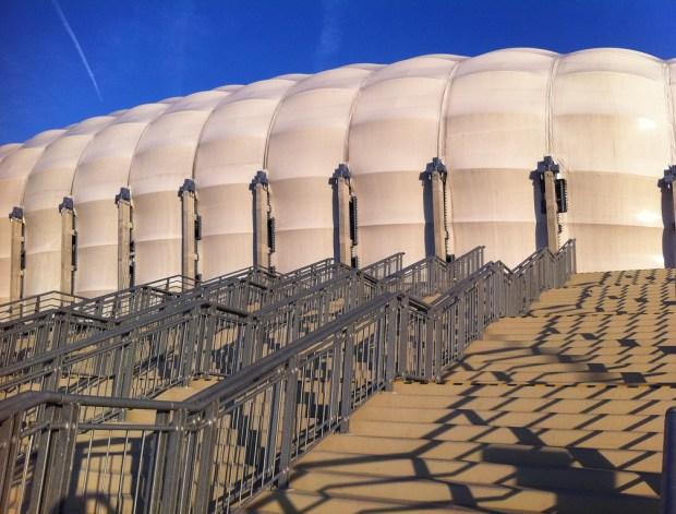 Poznański stadion Euro2012. Zaplanuj zwiedzanie z przewodnikiem atrakcji turystycznej
