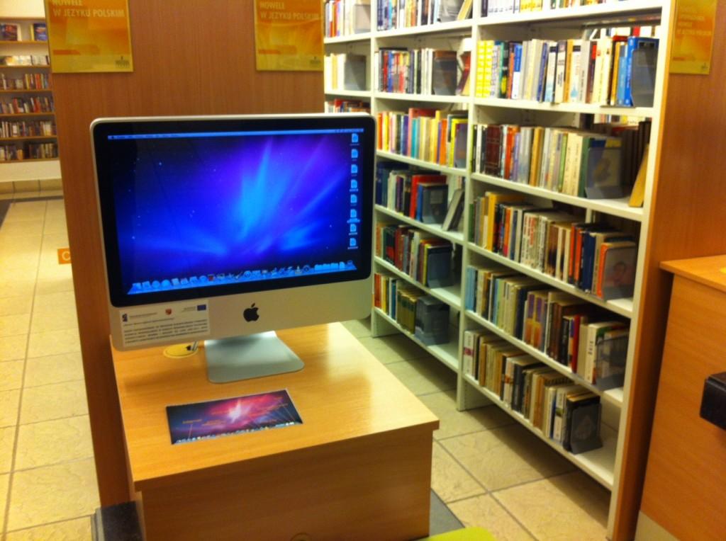 olsztyn-biblioteka-wojewodzka-mac-komputery-apple-1024x764