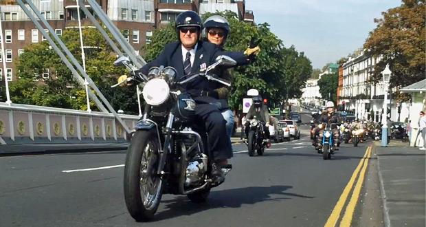The-Distinguished-Gentlemans-Ride-2014-London-chelsea-battersea-motorcycle-zjazd-dzentelmeni-motory-w-londynie