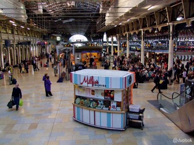 londyn-stacja-paddington-mis-pociag-komunikacja-pamiatki-wielka-brytania-paddingtontrail-atrakcje-dla-dzieci-anglia-00007