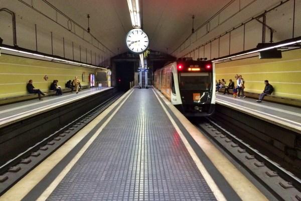 metr-tmb-barcelona-komunikacja-miejska-06