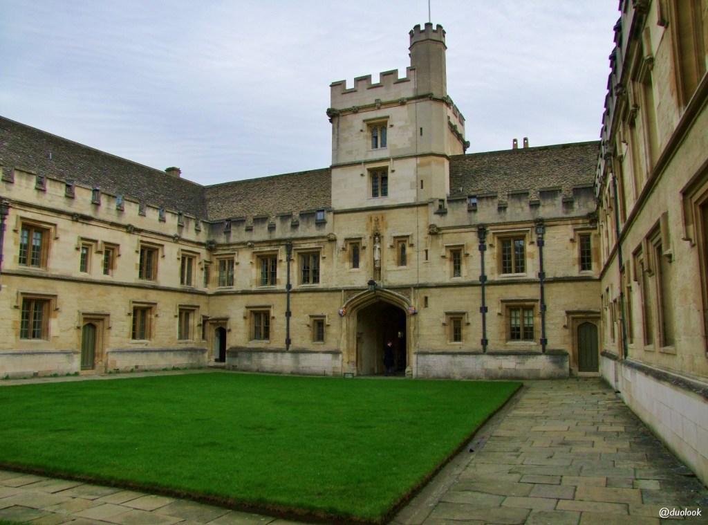 atrakcje w oksfordzie all souls collage