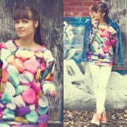 fashion-style-cute-sweatshirt-pastel-candy-pattern-Nov-01-2014-04-05
