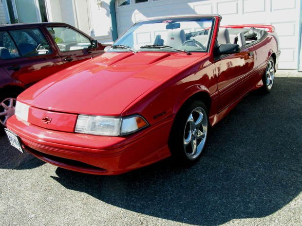 1993_Chevrolet_Cavalier_Z24_in_red