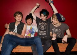 5 SECONDS OF SUMMER - 2 JUNE 2013