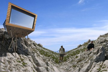 Sustainable-Design-of-Prefab-Refuge-01