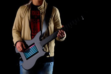 kitara-touchscreen-guitar-1