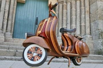 Wooden Vespa designed by Carlos Alberto - 01