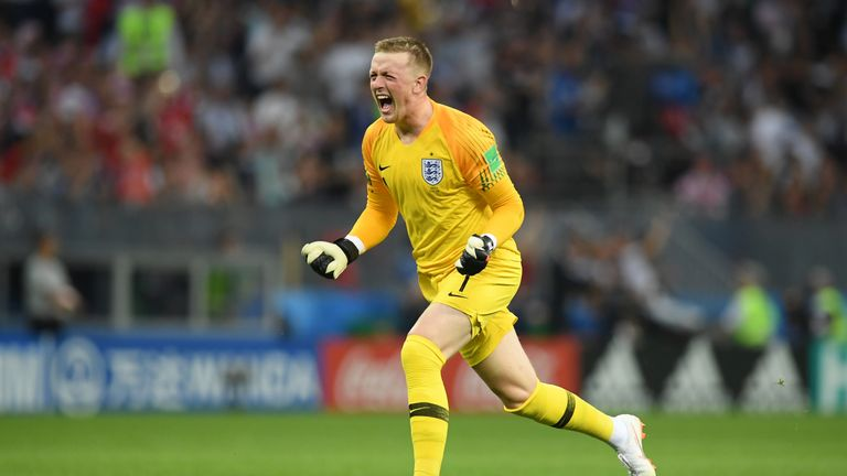 Jordan Pickford should remain with Everton  insists David Moyes     Jordan Pickford should continue his development at Everton  says David Moyes