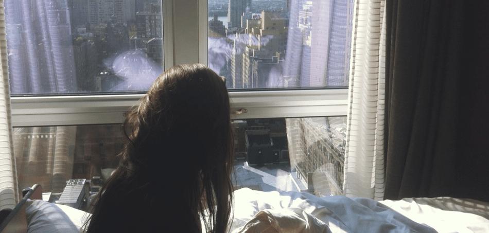 window-girl-950x453.png