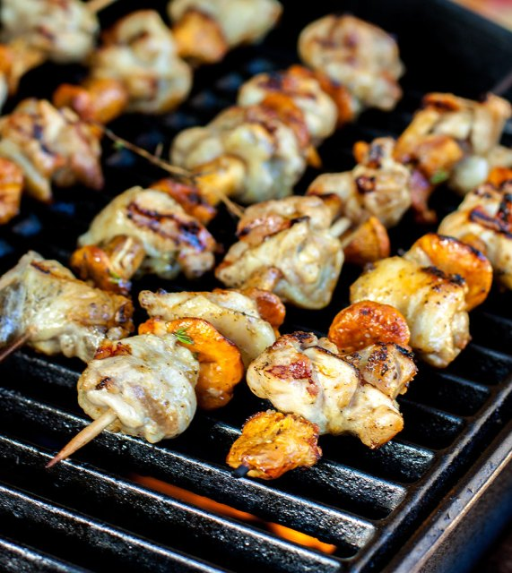 Chicken and chanterelle skewers on the grill