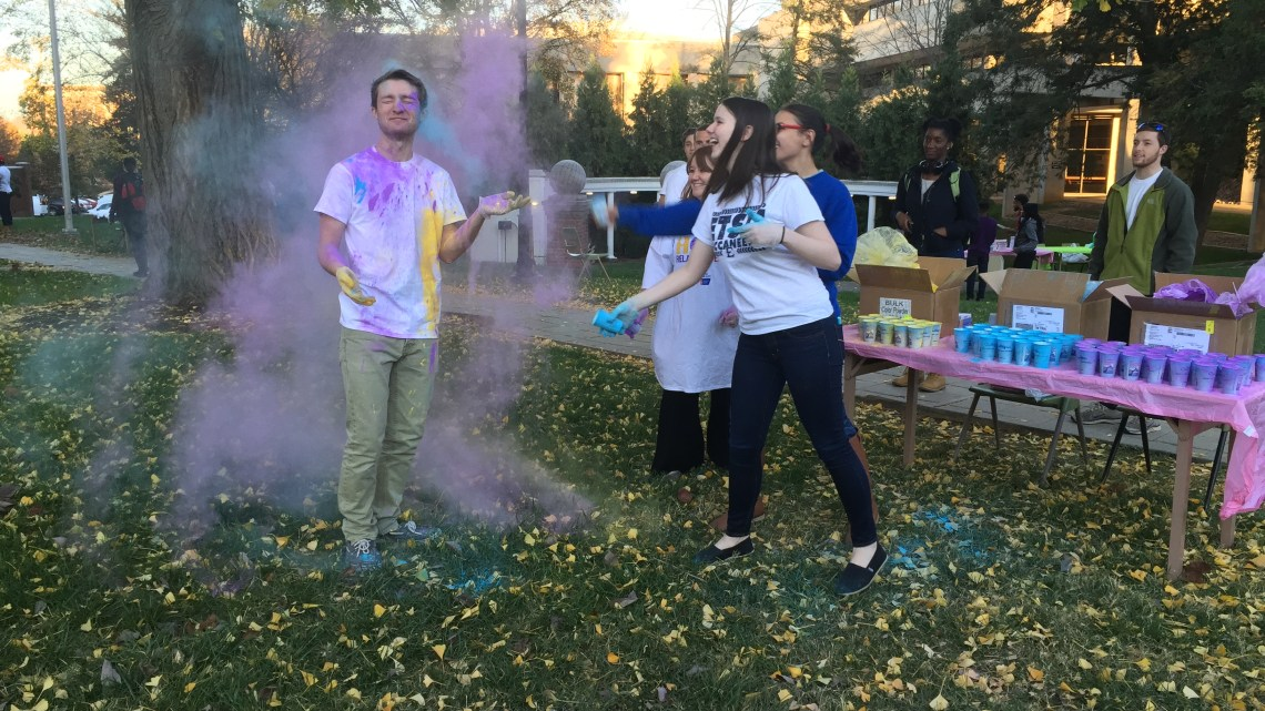 Students came together for a Relay for Life fundraiser to raise more awareness for the event. (Photograph by Kendal Groner/East Tennessean)
