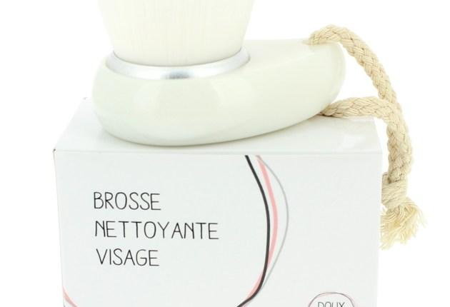 doux good brosse
